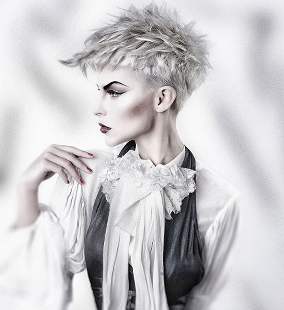 2018 2019: Platinum Blonde Hair Color Ideas For 2018-2019