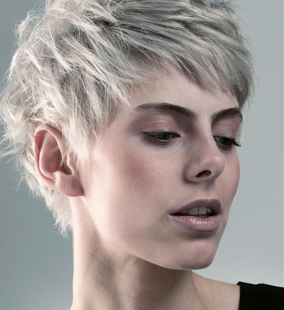 Platinum blonde hair color ideas for 2018-2019