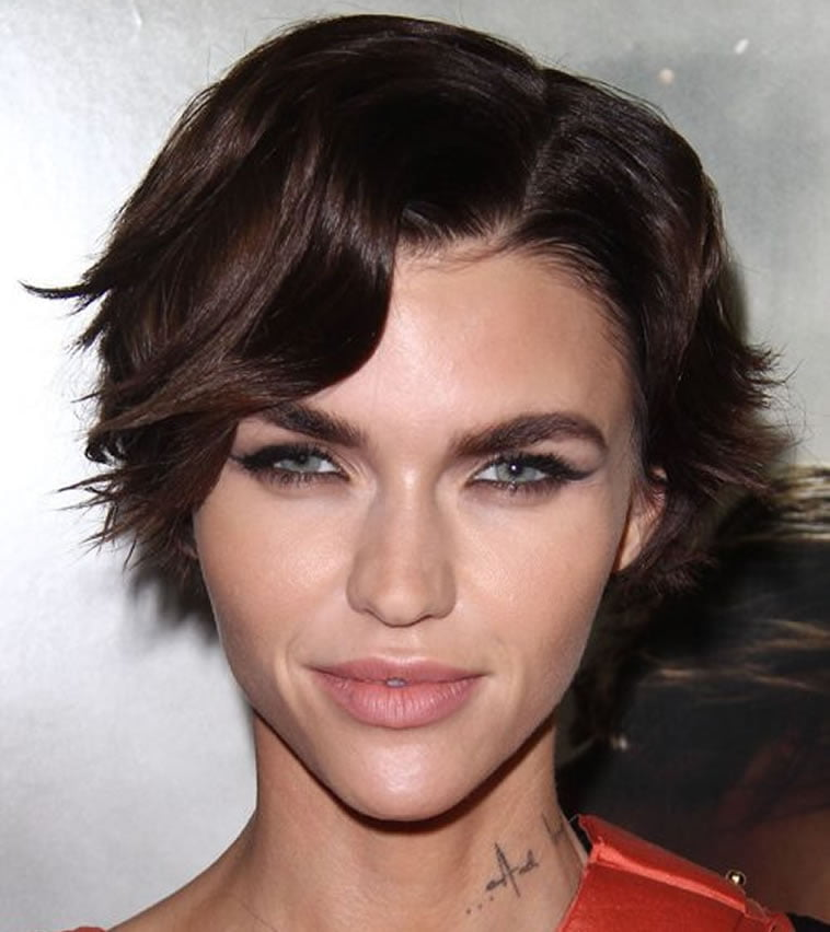 Ruby Rose wavy short hairstyles