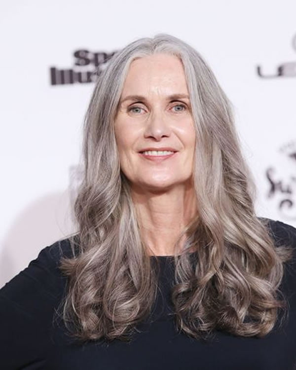 Haircuts and hair colors for women over 60 for 2020