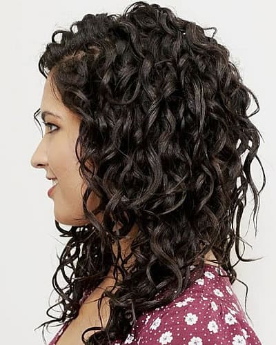 14 Amazing Wavy hairstyles for women in 2020-2021 - Page 2 of 5