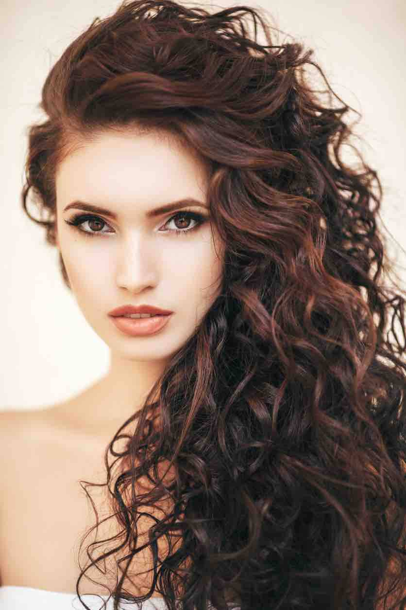 Curly-hairstyles-for-women-2020-2021-20-1 - Hair Colors