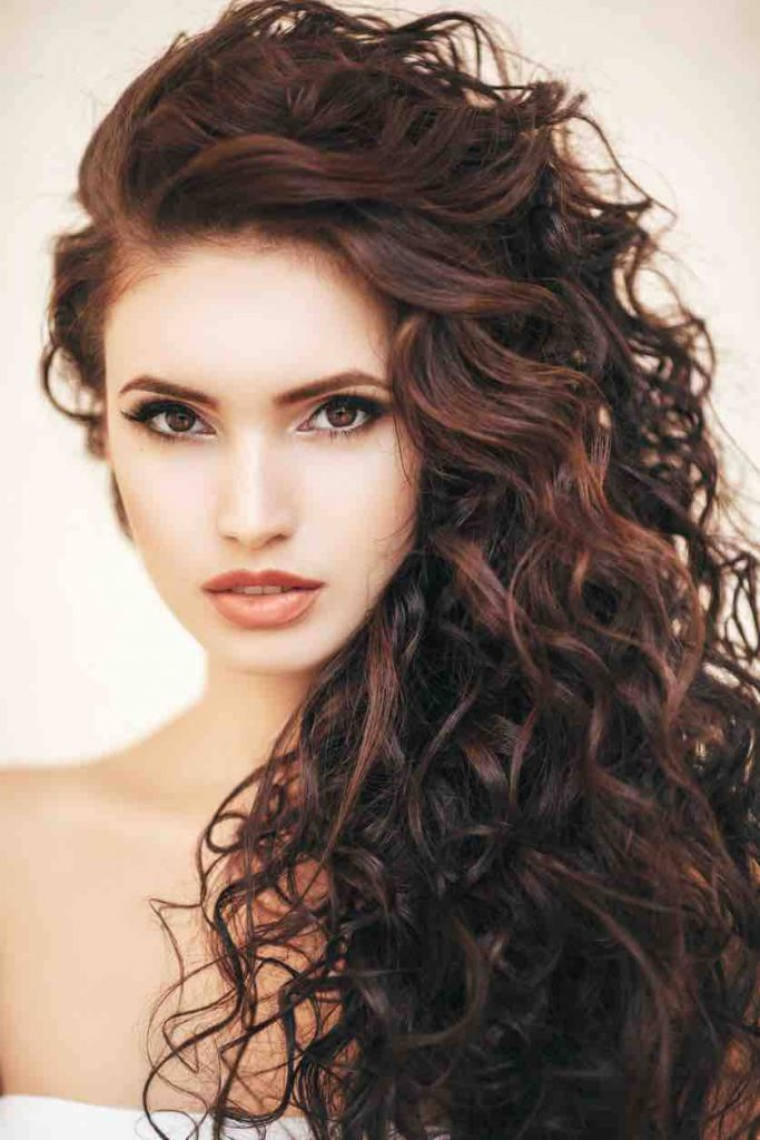 The most trendy curly hairstyles for women in 2020   2021 ...