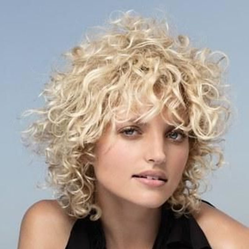 Natural Curly Hairstyles for Women 2020 - 2021
