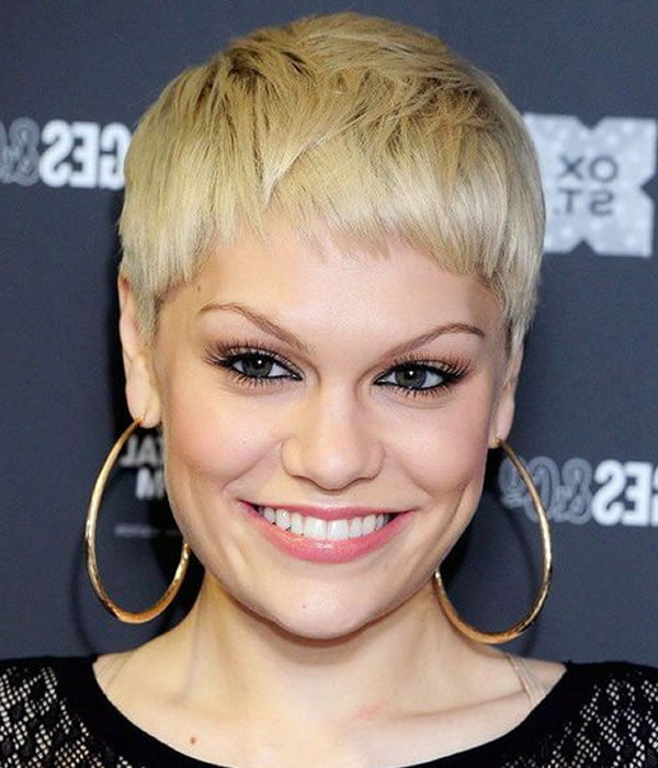 Pixie haircuts and hair colors 2021