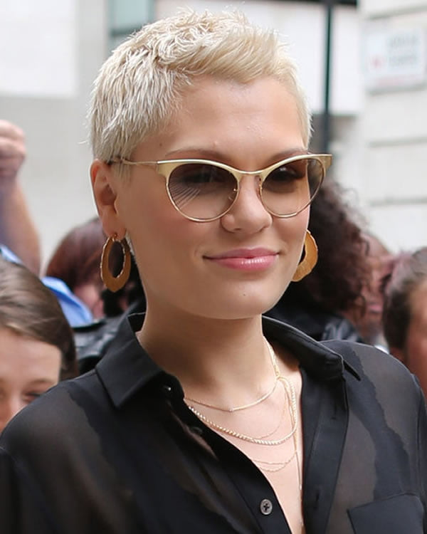 2021 Short haircuts and Hairstyles for Women - Hair Colors
