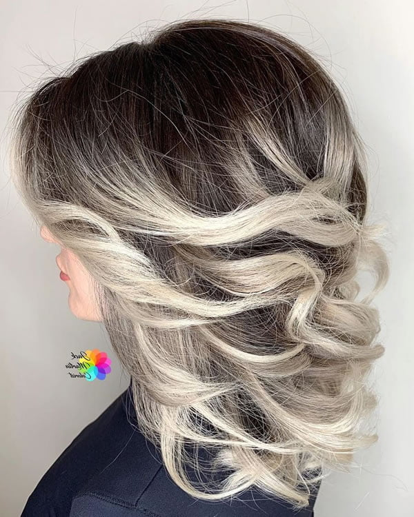 Medium Length Hairstyles for Women 2021 - Hair Colors
