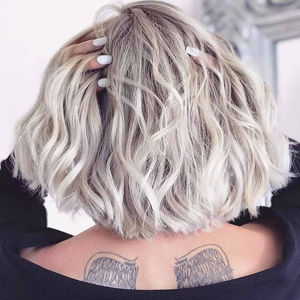 30 Cute and Cool Medium Hairstyles for Women of All Ages - Page 2 of 8