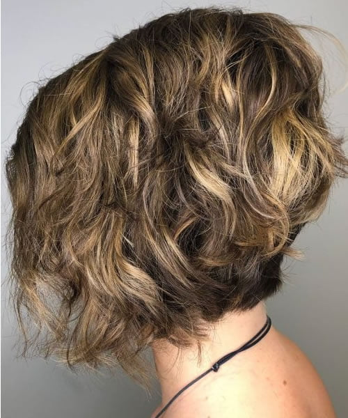 Wavy Bob Hairstyles for Women in 2021-2022