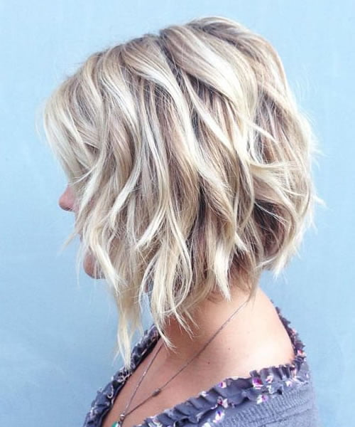 Wavy Bob Hairstyles for Women in 2021-2022 - Hair Colors