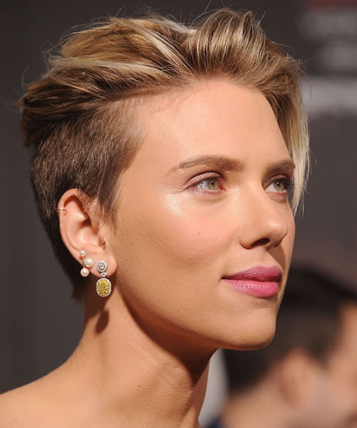 Short haircuts for women in 2021-2022